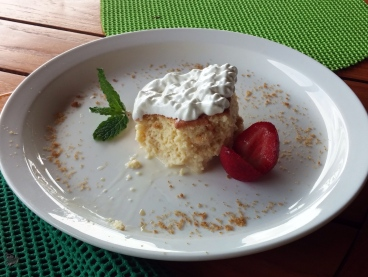 Our new favorite dessret, tres leches.