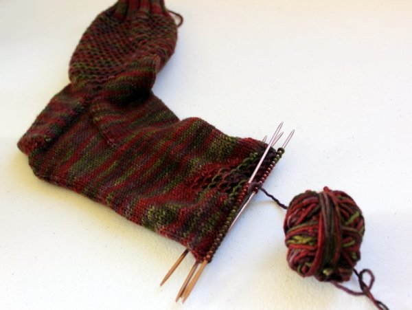 WIPWed #84: Pretty Things | Woolen Diversions