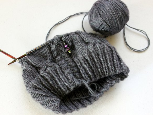 WIPWed #102: Settling In | Woolen Diversions