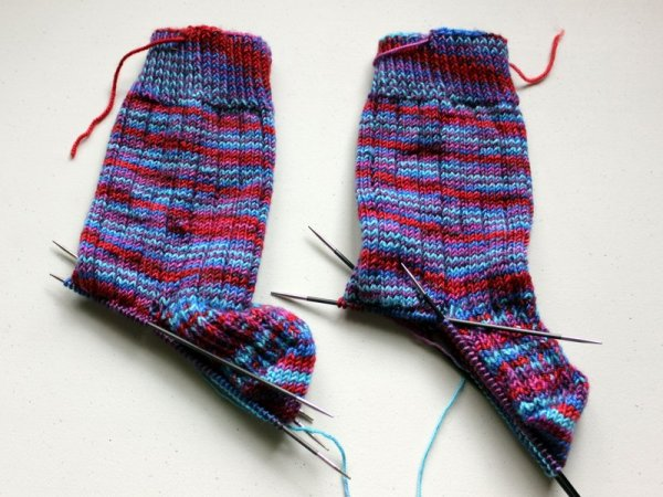 WIPWed #108: Socks Again | Woolen Diversions